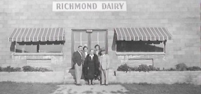 family in front of Richmond Dairy
